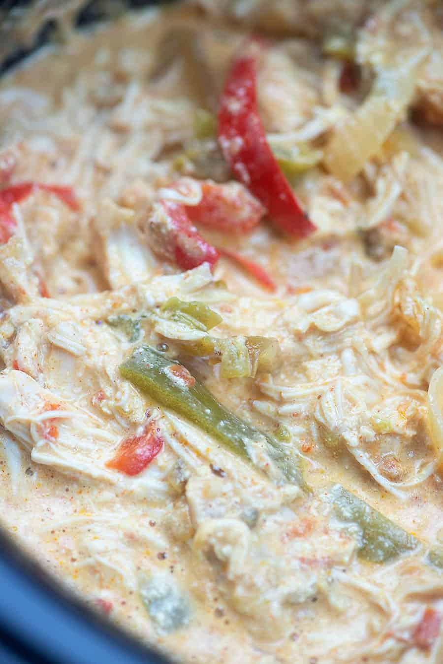 closeup of creamy chicken fajitas cooking