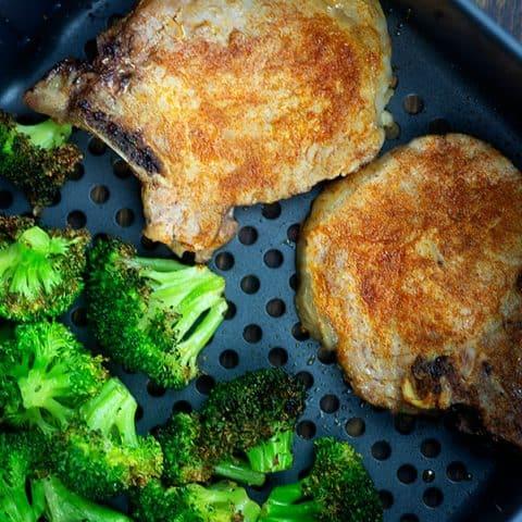 Air fryer pork chops and broccoli