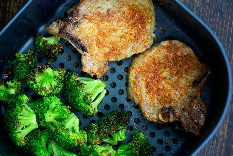 Air fryer pork chops and broccoli