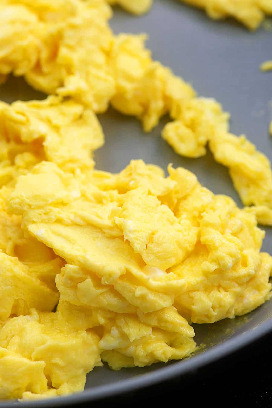low carb scrambled eggs in pan