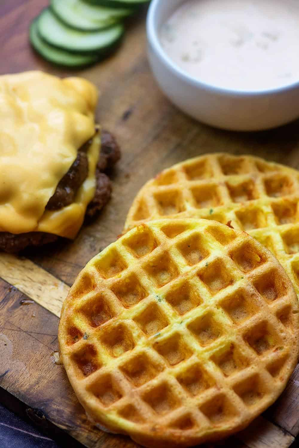 chaffle cheeseburger recipe