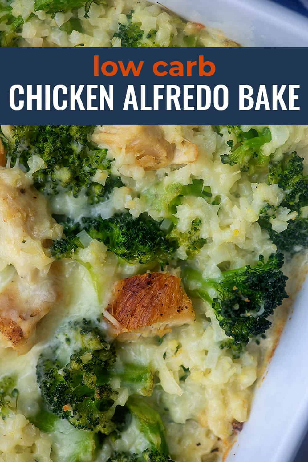 Low Carb Chicken Broccoli Alfredo Bake! This casserole is packed with veggies and Alfredo sauce...so easy too! #lowcarb #keto #chicken #casserole