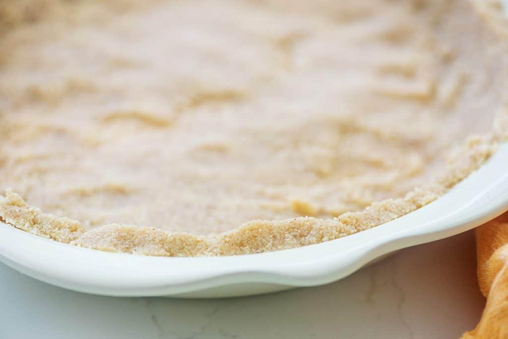 no bake almond flour pie crust in pie plate
